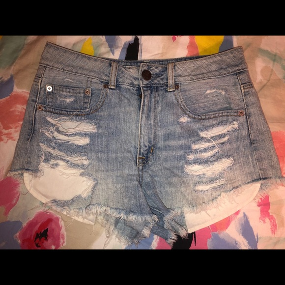 American Eagle Outfitters Pants - American Eagle distressed shorts size 6